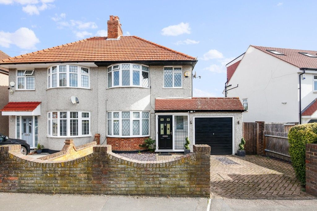 3 bed house for sale in Merrilees Road, Sidcup, DA15 - Property Image 1
