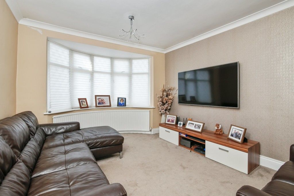 3 bed house for sale in Merrilees Road, Sidcup, DA15  - Property Image 3