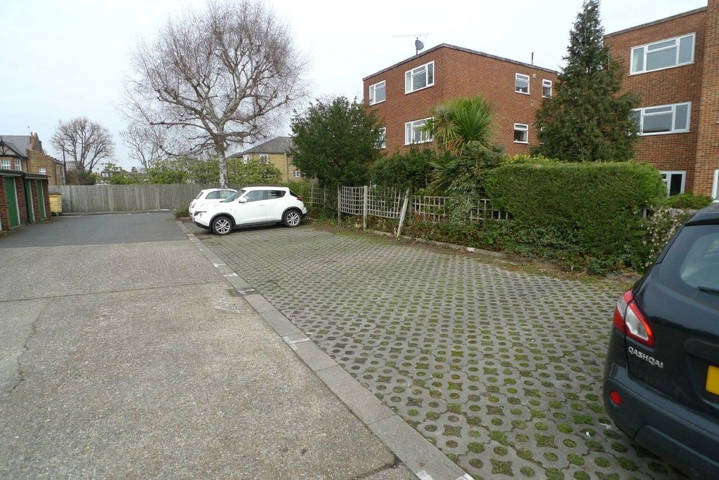 1 bed flat to rent in Lansdown Road, Sidcup, DA14 6