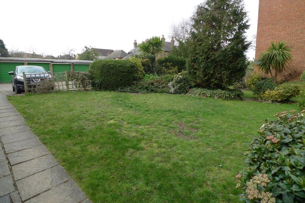 1 bed flat to rent in Lansdown Road, Sidcup, DA14 7