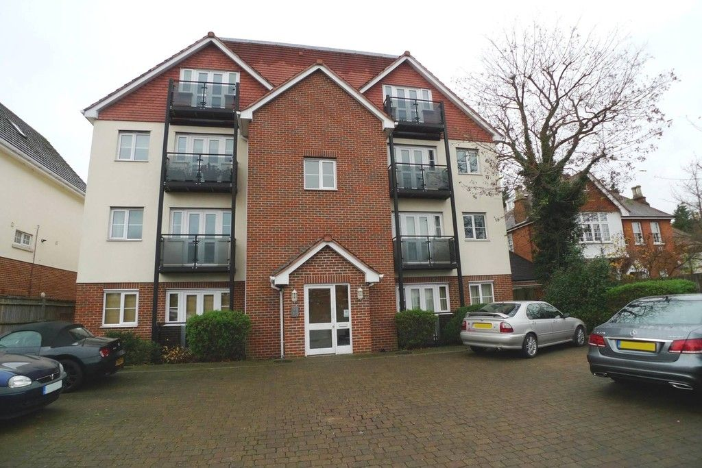 2 bed flat to rent in Plaistow Lane, Bromley, BR1, BR1
