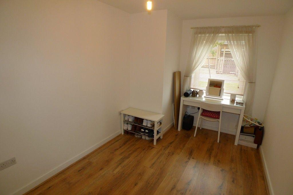 2 bed flat to rent in Samas Way, Crayford, DA1 11