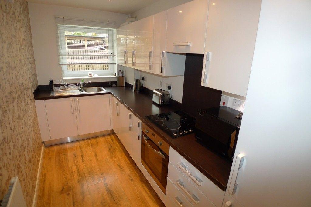 2 bed flat to rent in Samas Way, Crayford, DA1 4