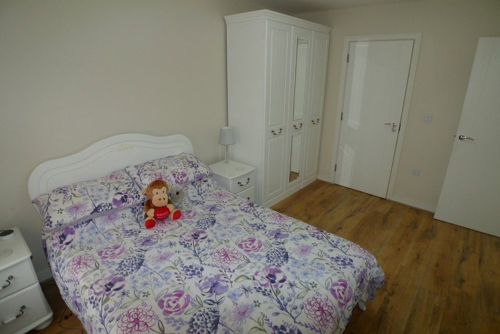 2 bed flat to rent in Samas Way, Crayford, DA1 10