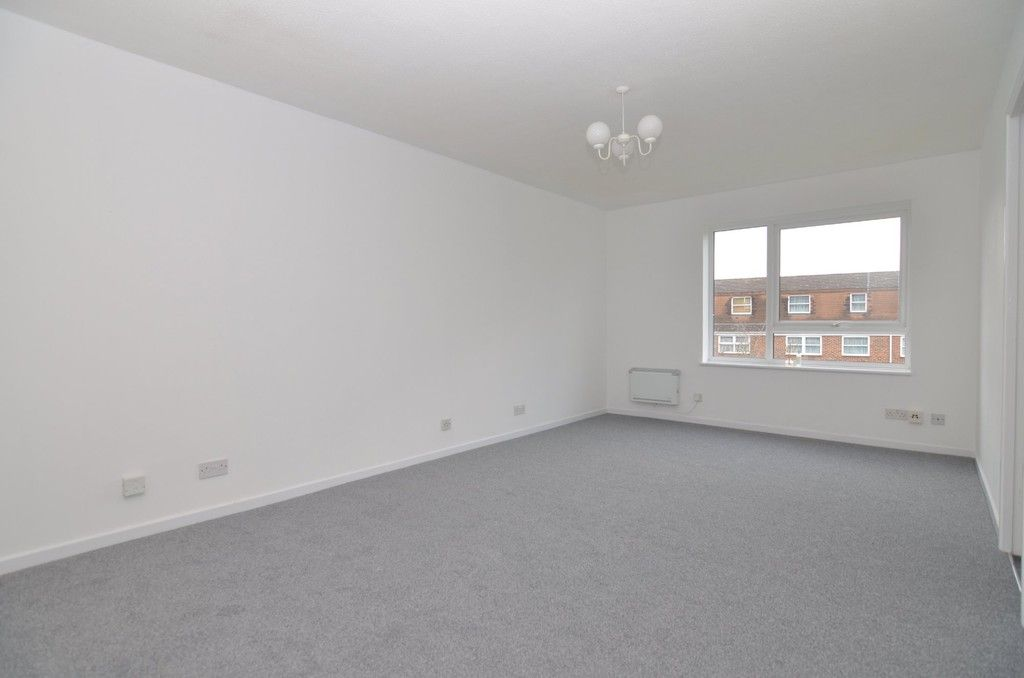 1 bed flat for sale in Carlton Road, Sidcup, DA15  - Property Image 2