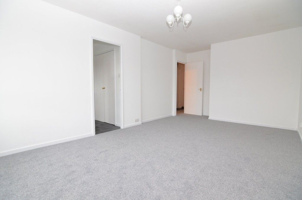 1 bed flat for sale in Carlton Road, Sidcup, DA15  - Property Image 3