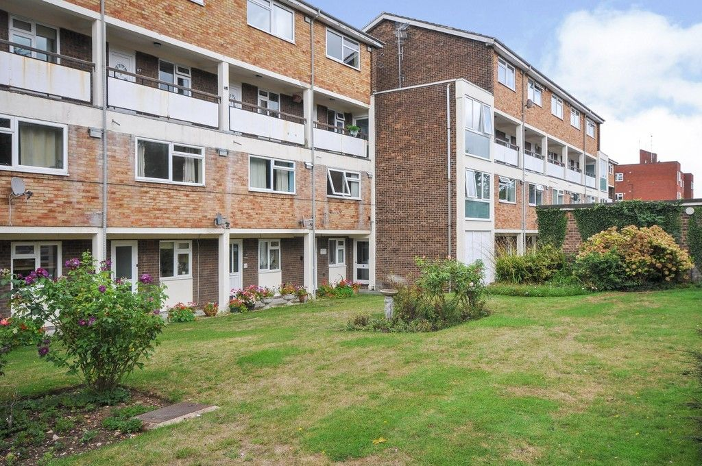 2 bed flat for sale in Manor Road, Sidcup, DA15, DA15