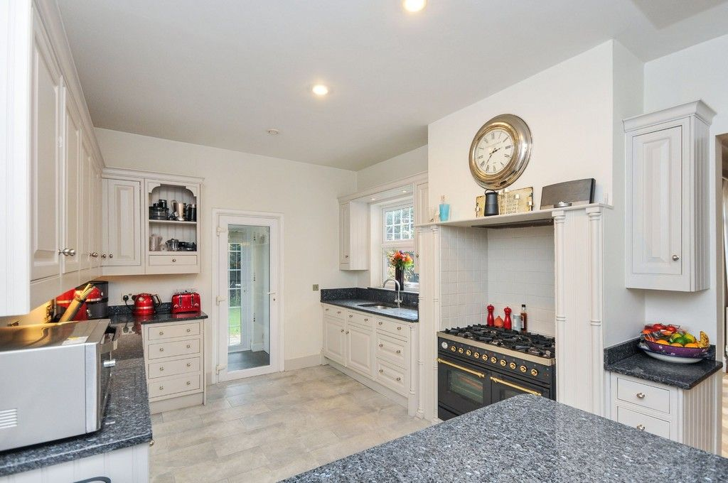 5 bed house for sale in Church Avenue, Sidcup, DA14  - Property Image 9