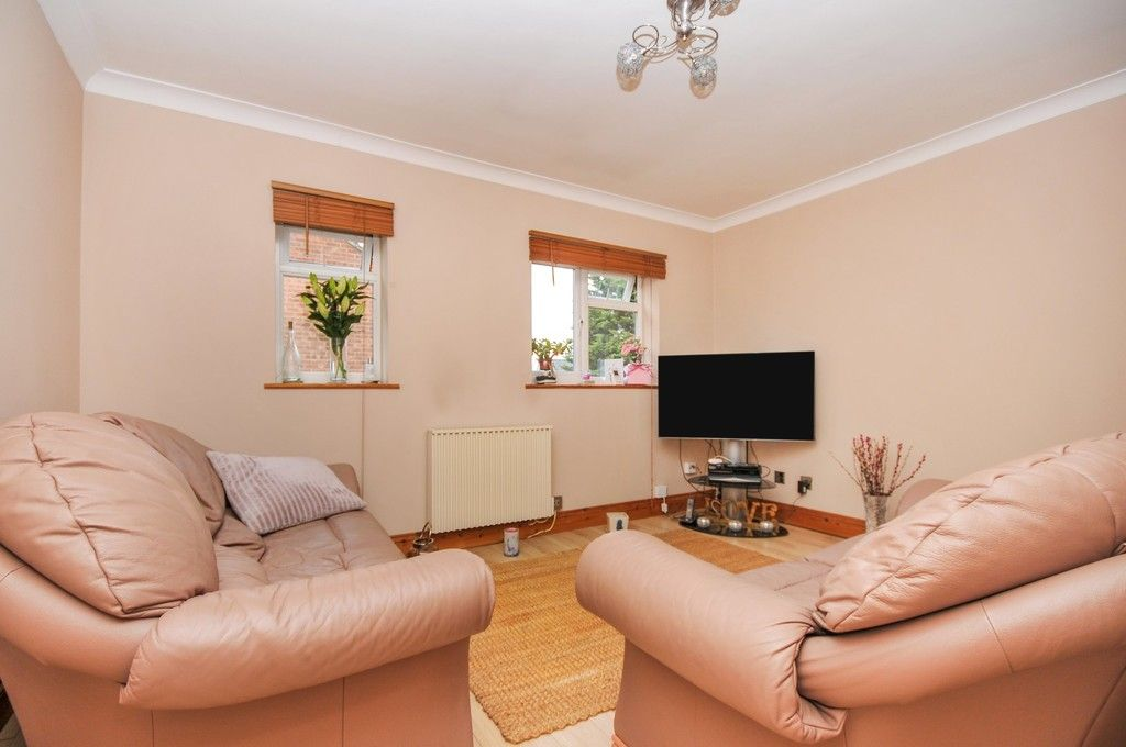 1 bed flat for sale in Taylors Close, Sidcup, DA14  - Property Image 2