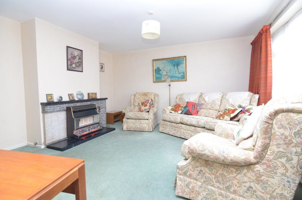 3 bed house for sale in Maiden Erlegh Avenue, Bexley, DA5  - Property Image 2