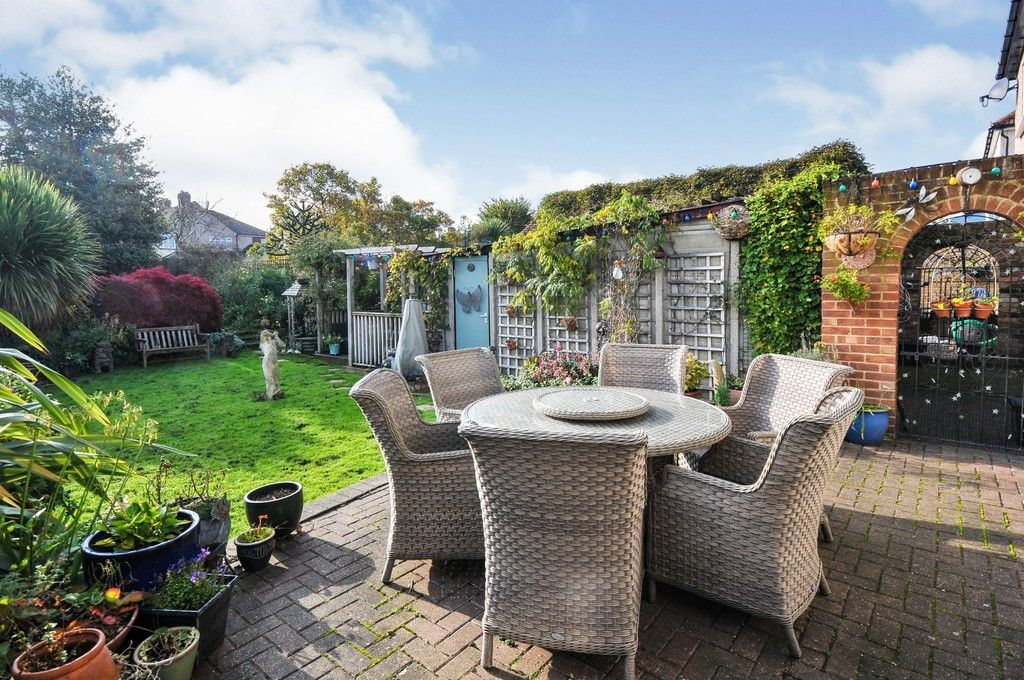 5 bed house for sale in Faraday Avenue, Sidcup, DA14  - Property Image 17