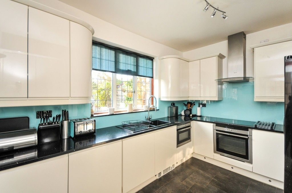 5 bed house for sale in Faraday Avenue, Sidcup, DA14  - Property Image 4