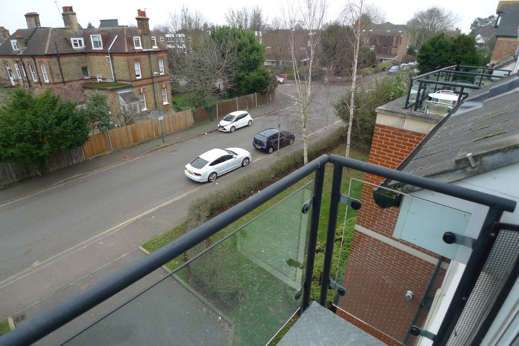 2 bed flat to rent in Carlton Road, Sidcup, DA14 13