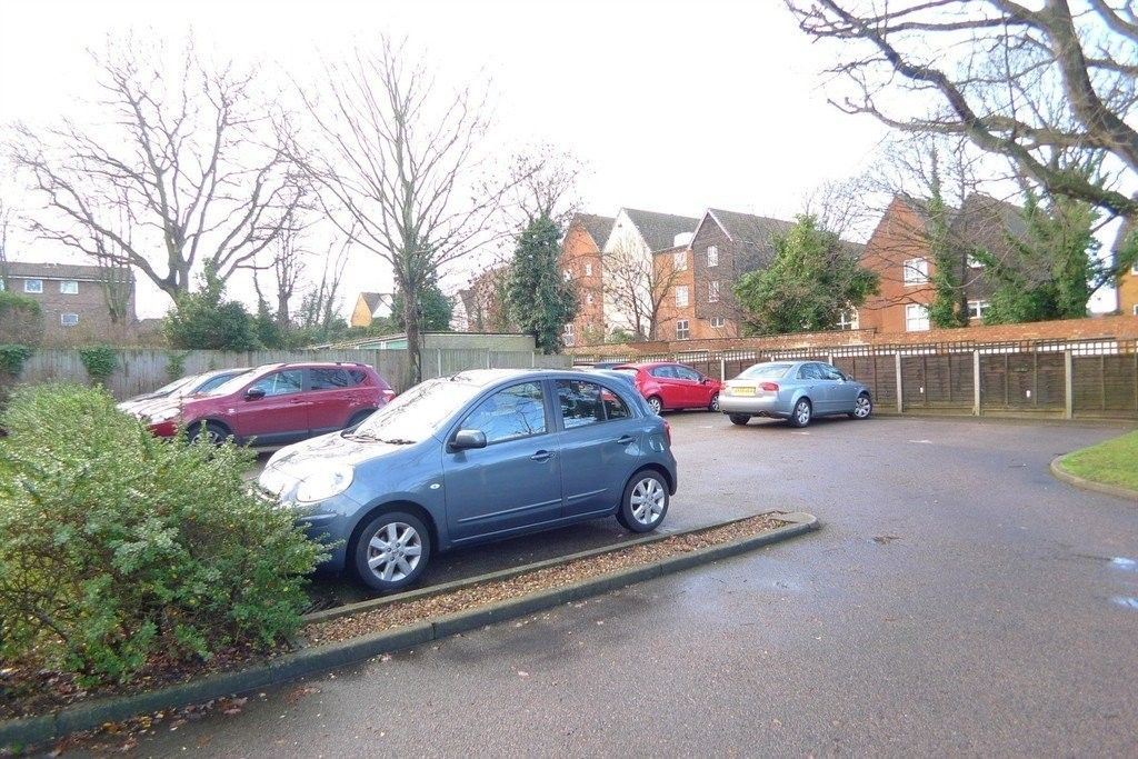 2 bed flat to rent in Carlton Road, Sidcup, DA14 15