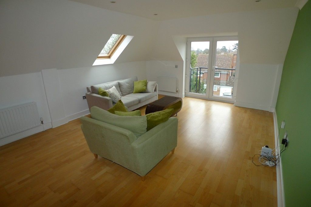 2 bed flat to rent in Carlton Road, Sidcup, DA14 8