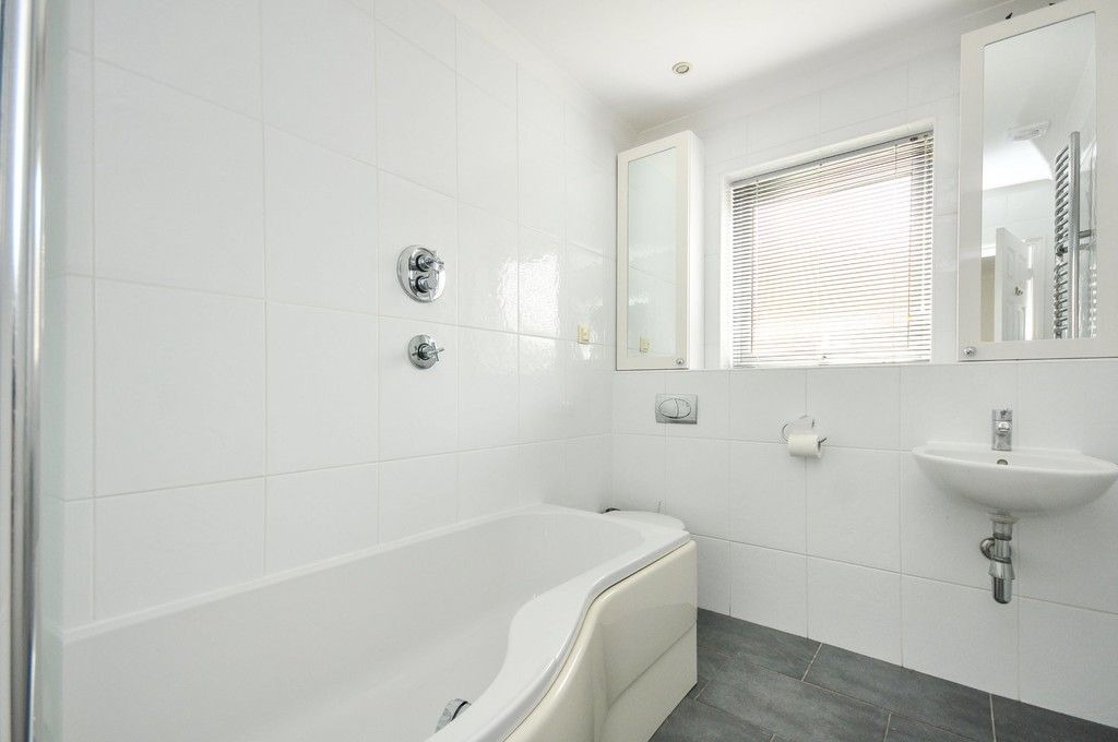 4 bed house for sale in Redwood Close, Sidcup, DA15  - Property Image 7