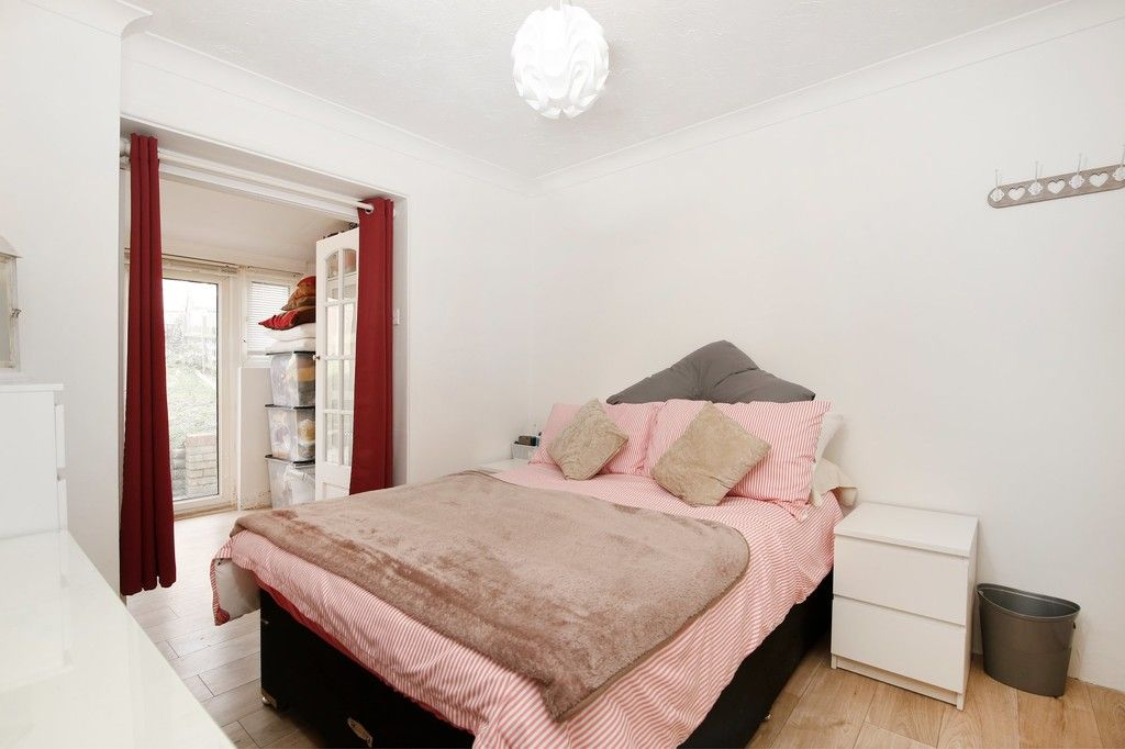3 bed house for sale in Mount Culver Avenue, Sidcup, DA14  - Property Image 4