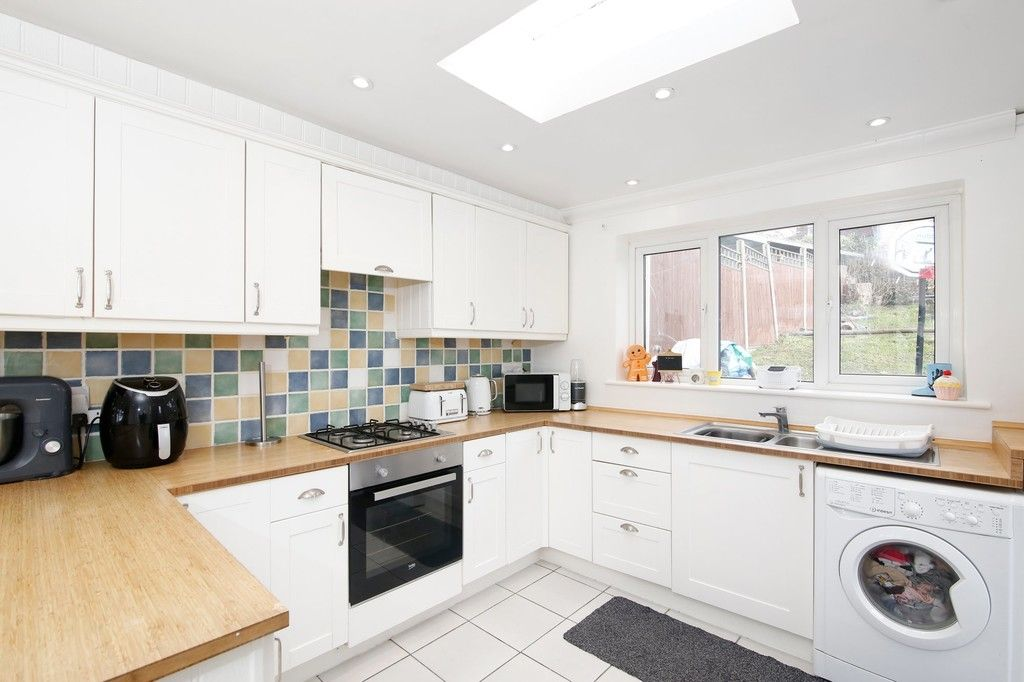 3 bed house for sale in Mount Culver Avenue, Sidcup, DA14  - Property Image 8