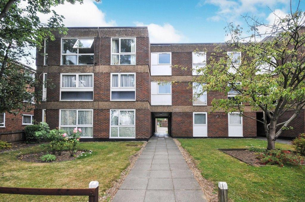 2 bed flat for sale in Longlands Road, Sidcup, DA15, DA15