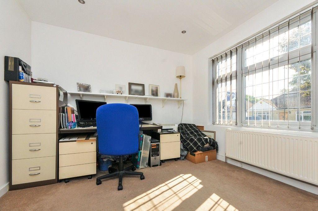 3 bed bungalow for sale in Woodlands Avenue, Sidcup, DA15  - Property Image 12
