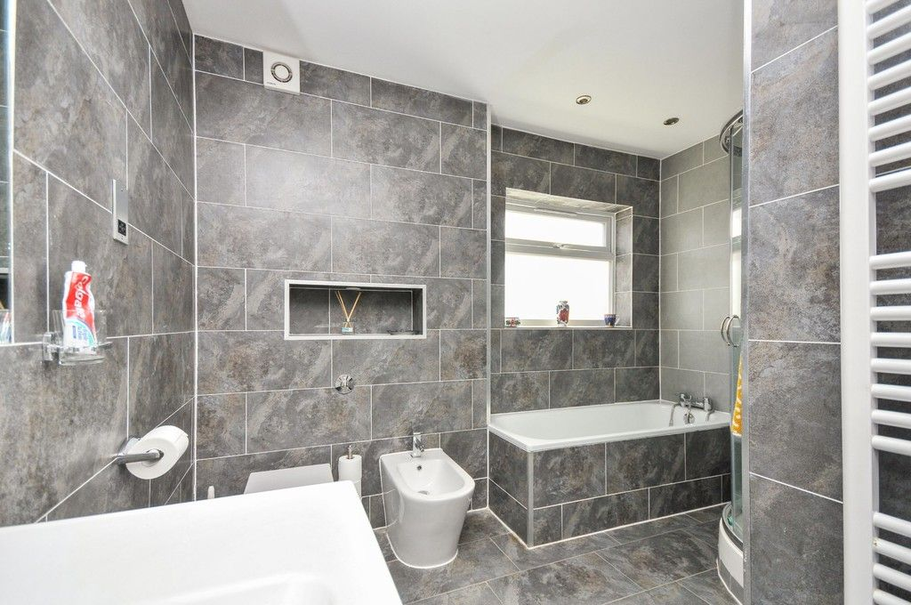 3 bed bungalow for sale in Woodlands Avenue, Sidcup, DA15  - Property Image 5