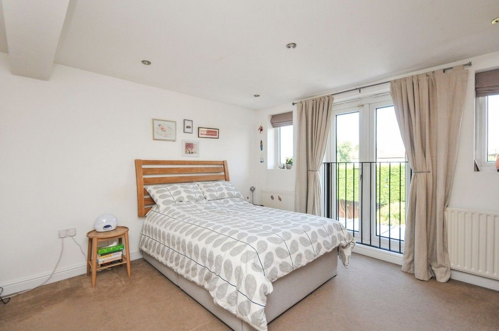 3 bed bungalow for sale in Woodlands Avenue, Sidcup, DA15  - Property Image 6