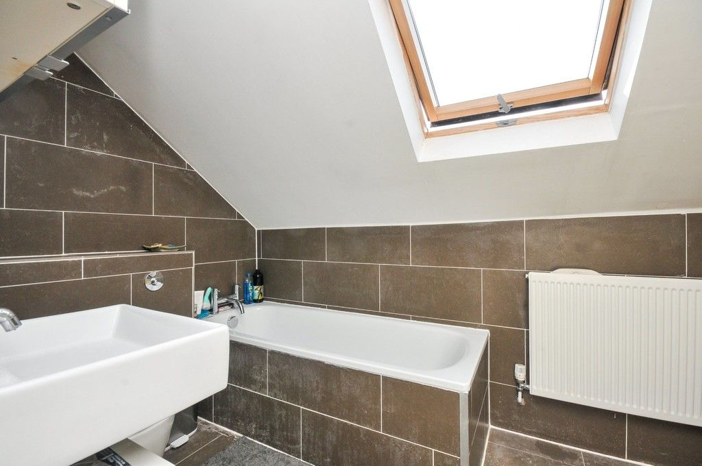 3 bed bungalow for sale in Woodlands Avenue, Sidcup, DA15  - Property Image 7
