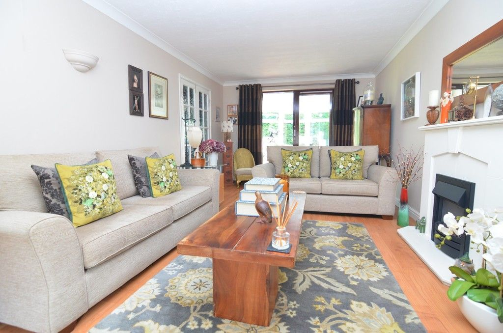 4 bed house for sale in Lamorbey Close, Sidcup, DA15  - Property Image 2