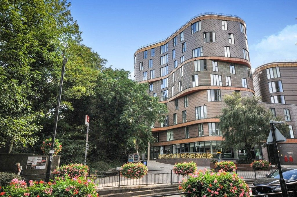 2 bed flat for sale in Fold Apartments, Station Road, DA15 - Property Image 1