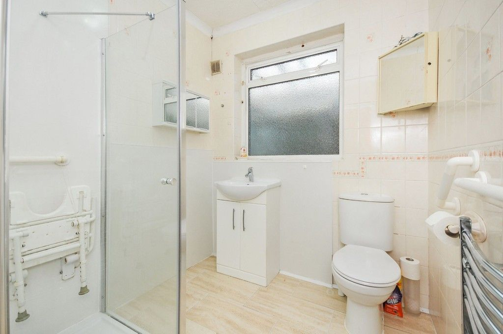 2 bed bungalow for sale in Harefield Road, Sidcup, DA14  - Property Image 11