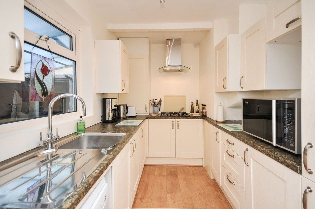 2 bed bungalow for sale in Harefield Road, Sidcup, DA14  - Property Image 3