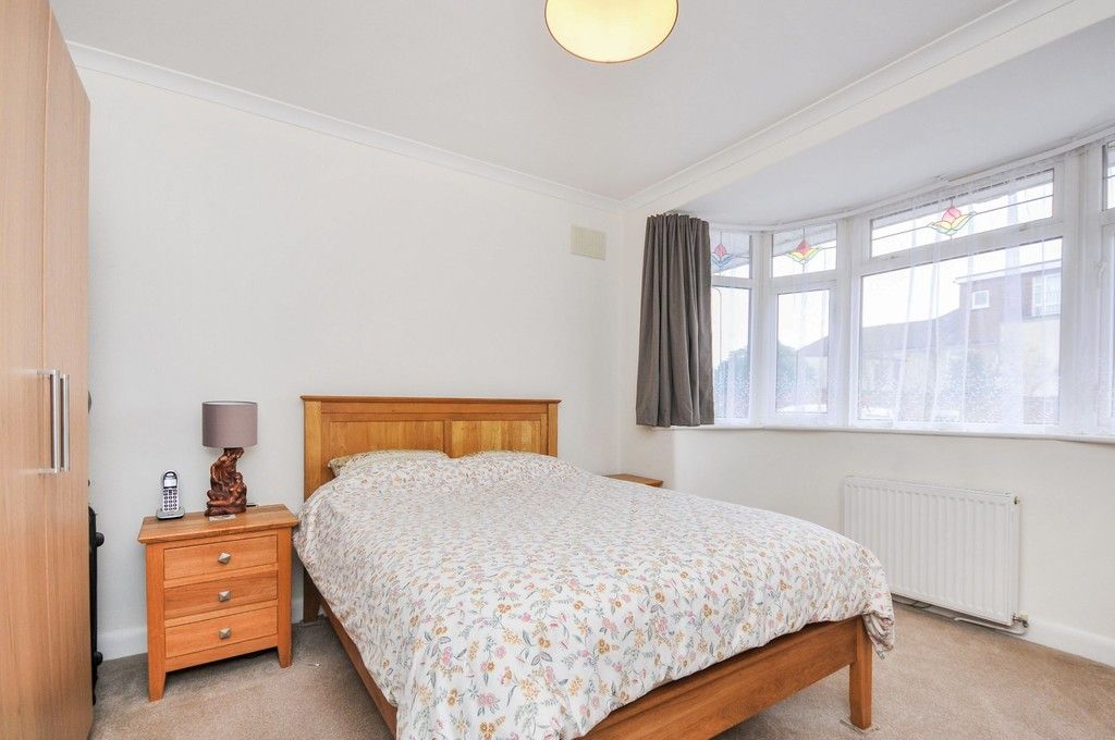 2 bed bungalow for sale in Harefield Road, Sidcup, DA14  - Property Image 4