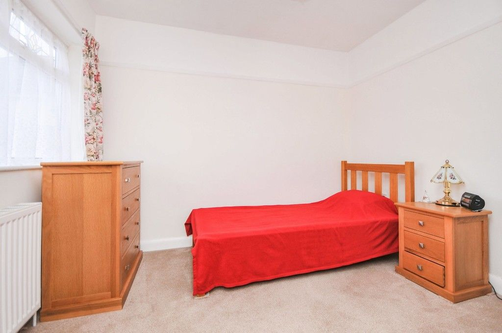 2 bed bungalow for sale in Harefield Road, Sidcup, DA14  - Property Image 5