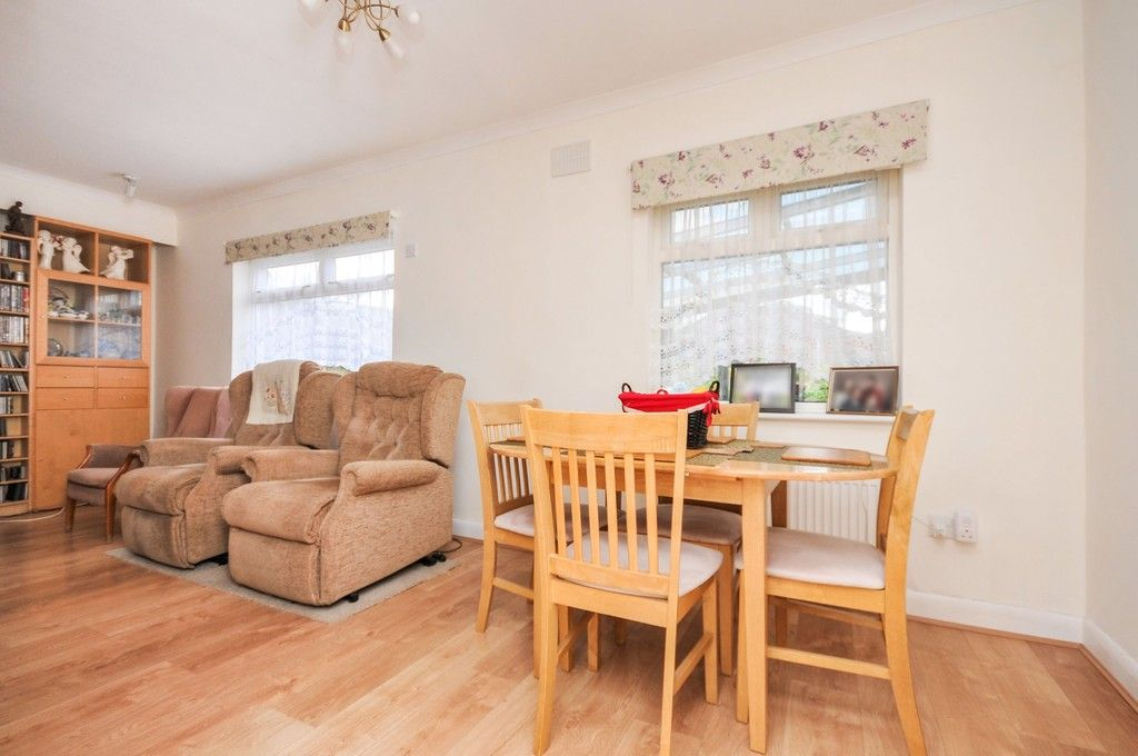 2 bed bungalow for sale in Harefield Road, Sidcup, DA14  - Property Image 8