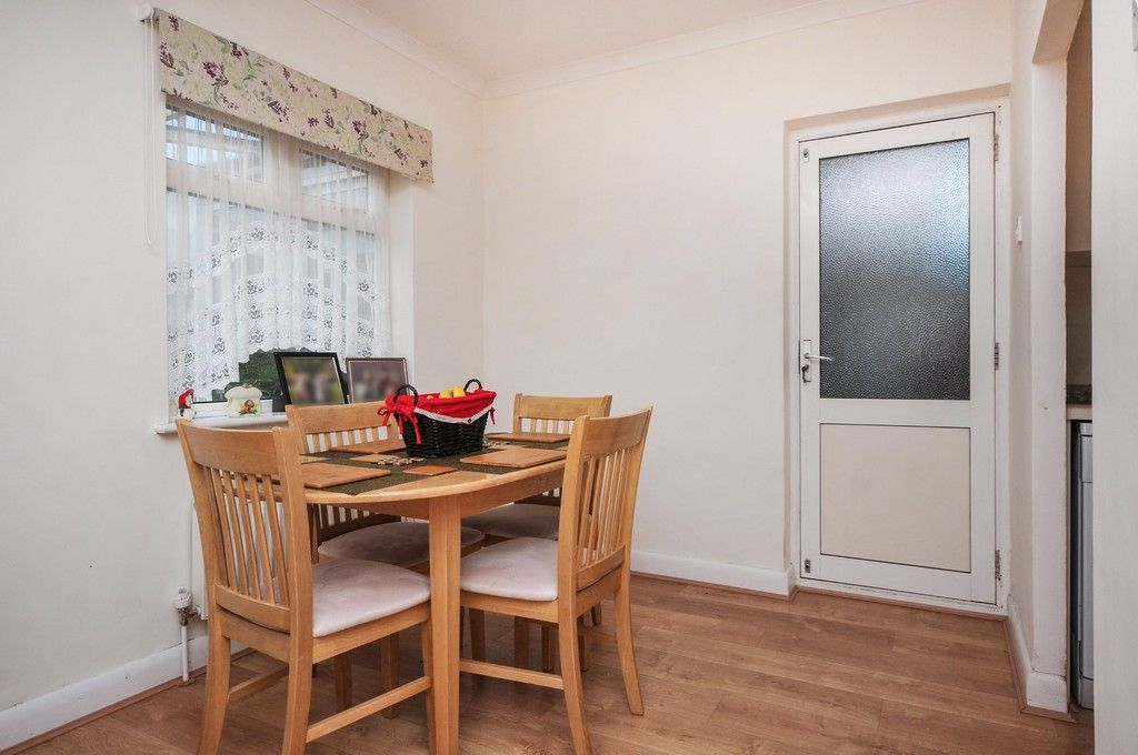 2 bed bungalow for sale in Harefield Road, Sidcup, DA14  - Property Image 9