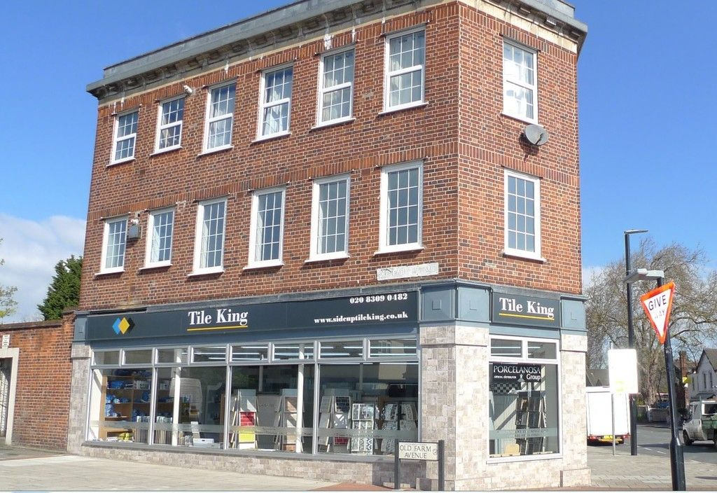 2 bed flat to rent in Station Road, Sidcup, DA15 - Property Image 1
