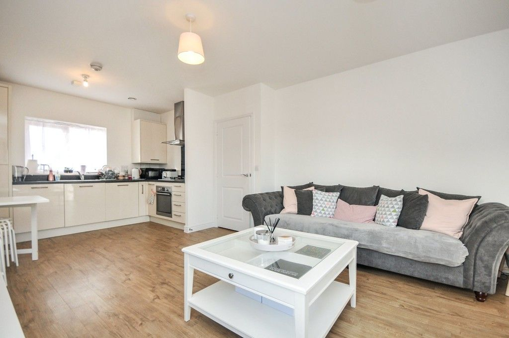 1 bed flat for sale in Garnet Road, Erith, DA8  - Property Image 8