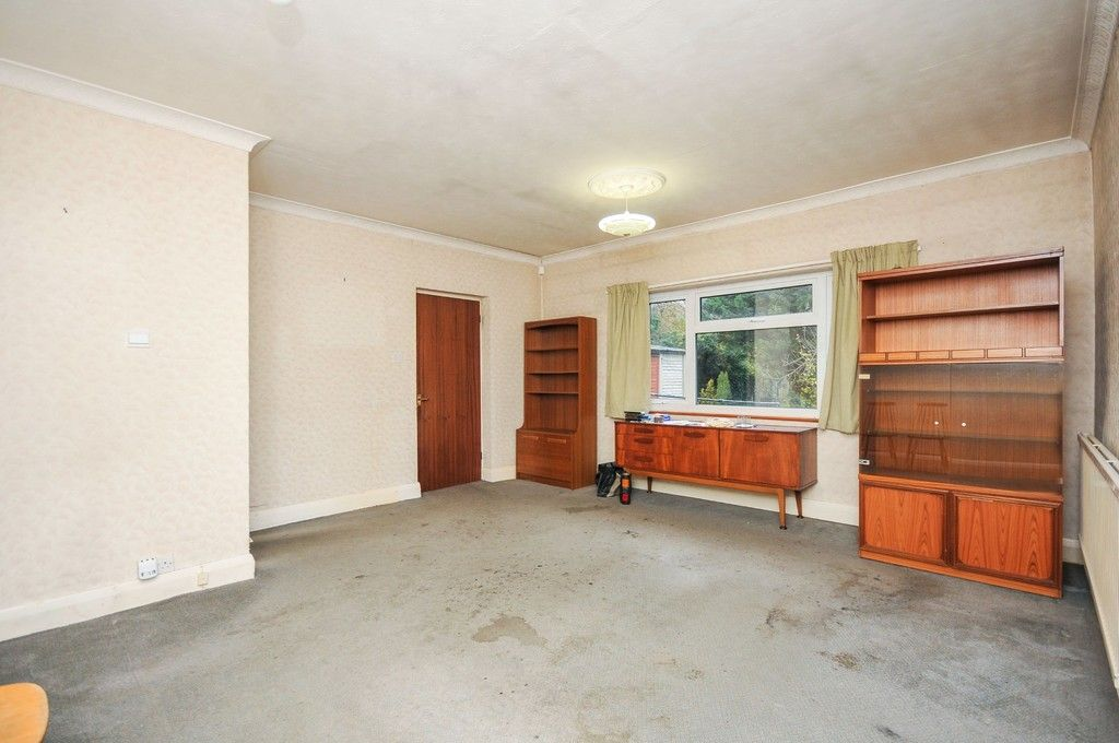 2 bed bungalow for sale in Suffolk Road, Sidcup, DA14  - Property Image 3