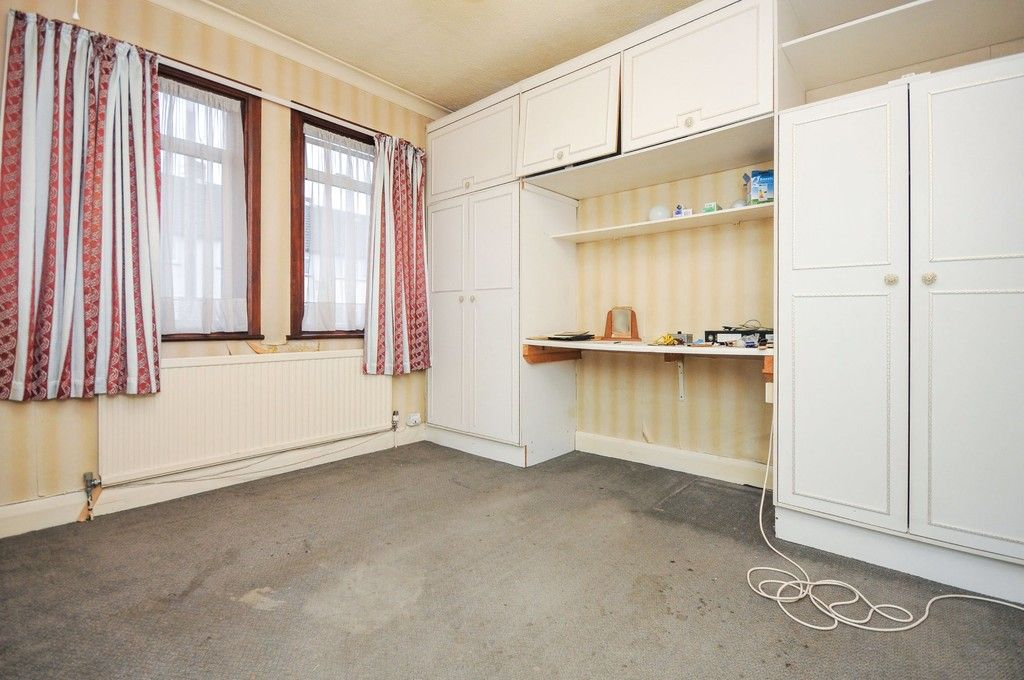 2 bed bungalow for sale in Suffolk Road, Sidcup, DA14  - Property Image 5