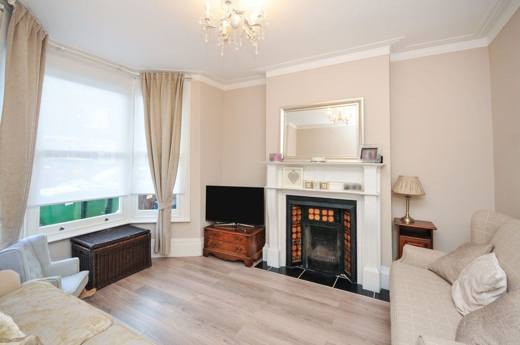 3 bed house for sale in Cambridge Road, Sidcup, DA14  - Property Image 2