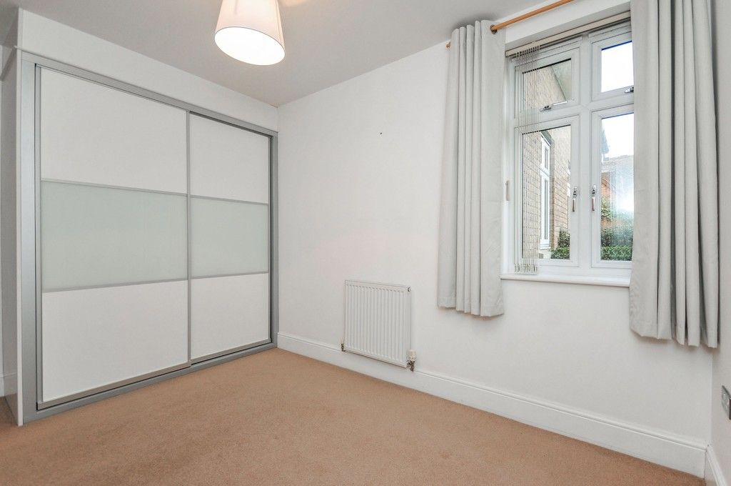 2 bed flat for sale in Wansunt Road, Bexley, DA5  - Property Image 4