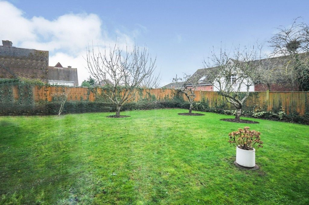 2 bed flat for sale in Wansunt Road, Bexley, DA5  - Property Image 6