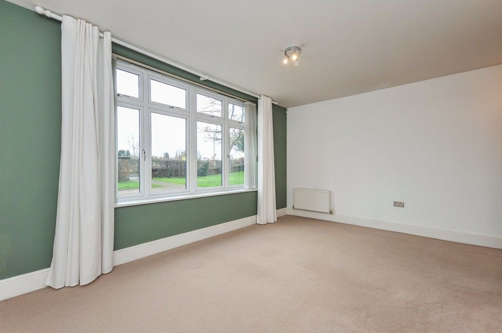 2 bed flat for sale in Wansunt Road, Bexley, DA5  - Property Image 7