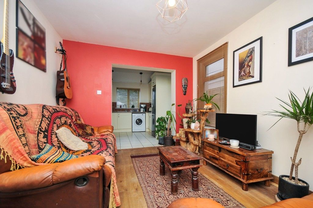 2 bed flat for sale in Blanmerle Road, Eltham, SE9  - Property Image 7
