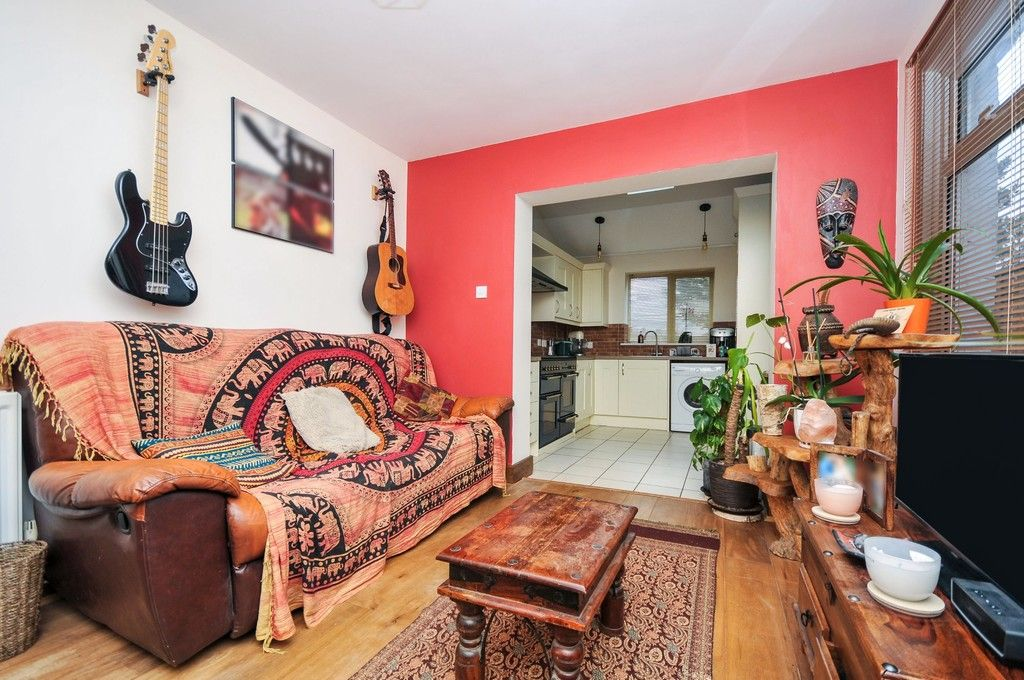 2 bed flat for sale in Blanmerle Road, Eltham, SE9  - Property Image 8
