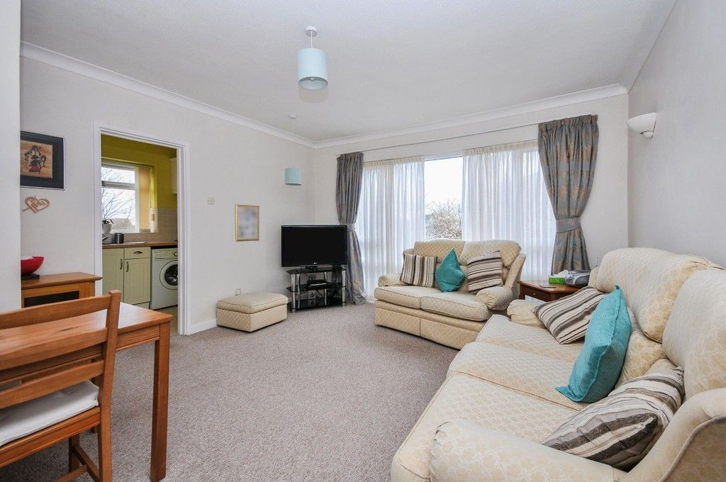 2 bed flat for sale in Granville Road, Sidcup, DA14  - Property Image 3