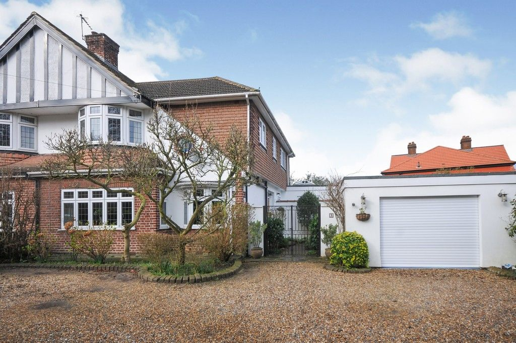 5 bed house for sale in Bexley Lane, Sidcup, DA14  - Property Image 1