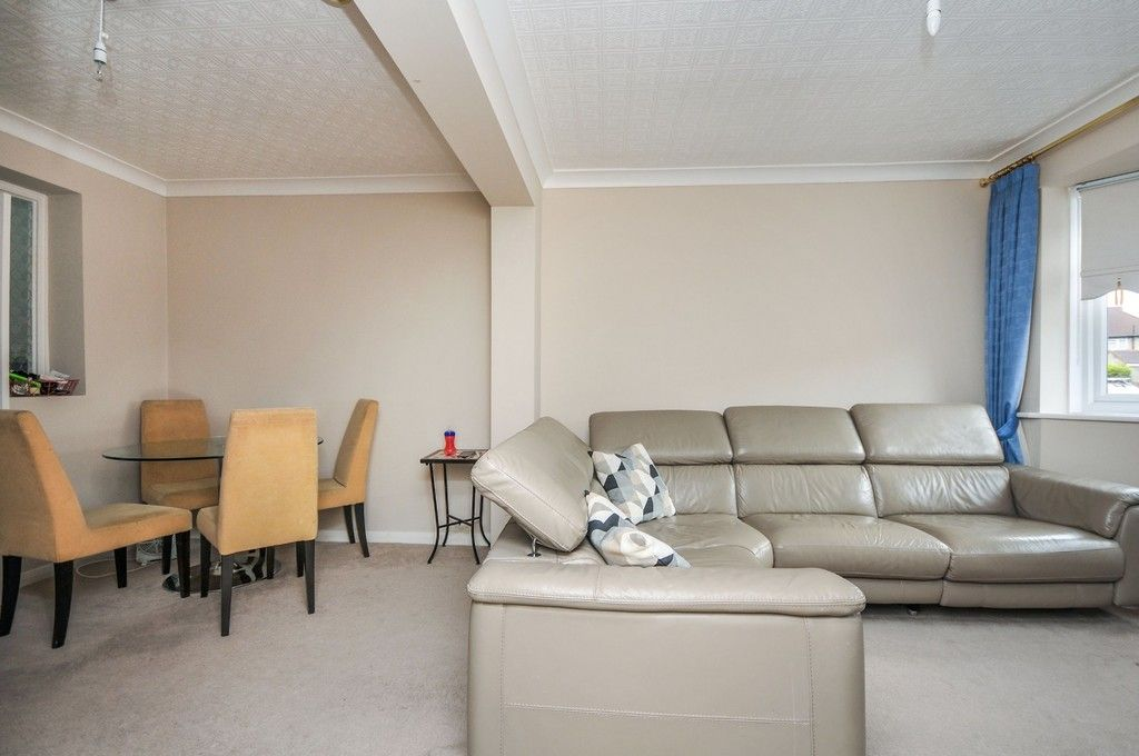 3 bed house for sale in Norfolk Crescent, Sidcup, DA15  - Property Image 2