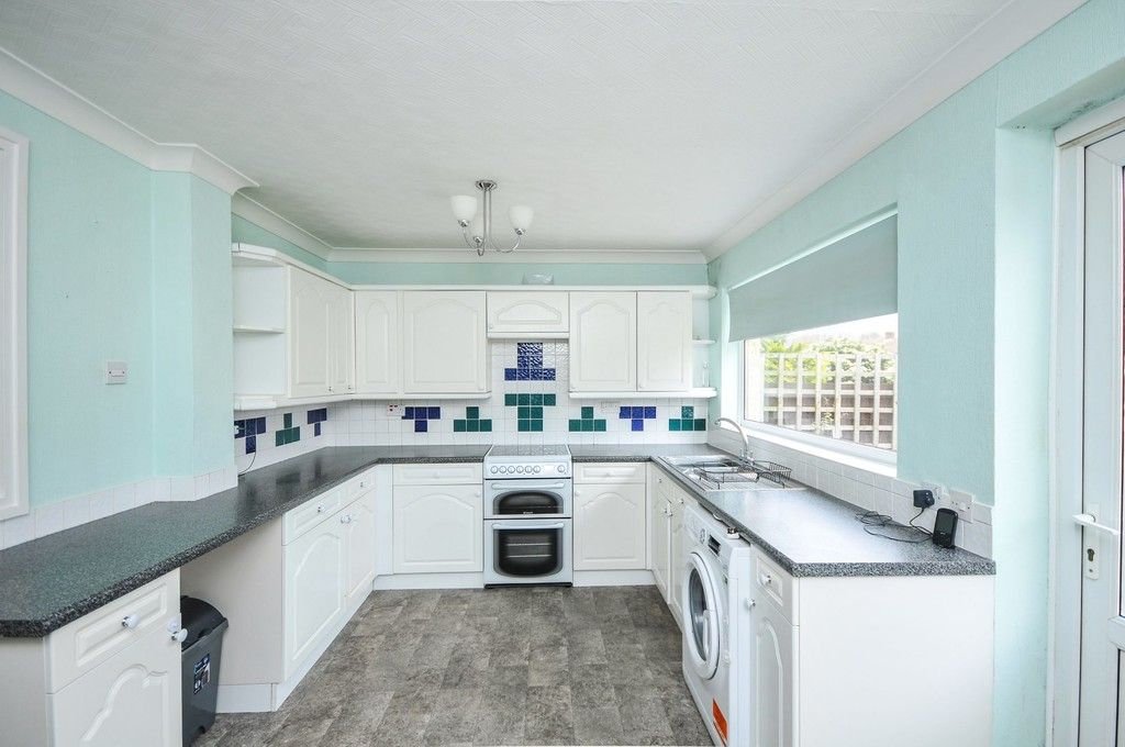 3 bed house for sale in Norfolk Crescent, Sidcup, DA15  - Property Image 3