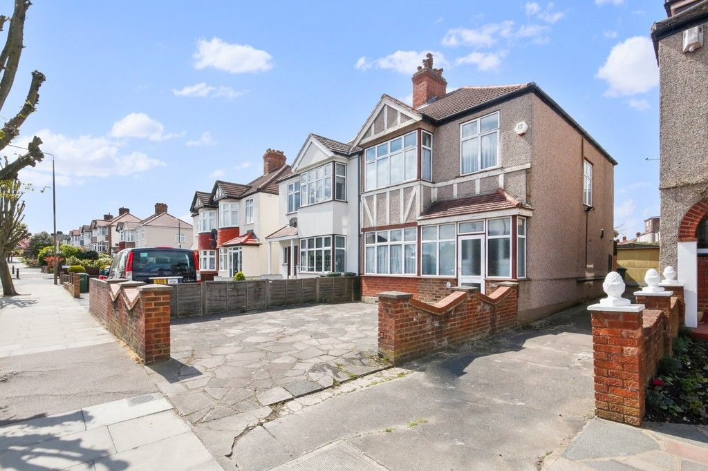3 bed house for sale in Green Lane, New Eltham, SE9  - Property Image 1
